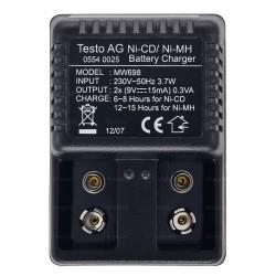 Chargeur 220V/50HZ pour accu 9V