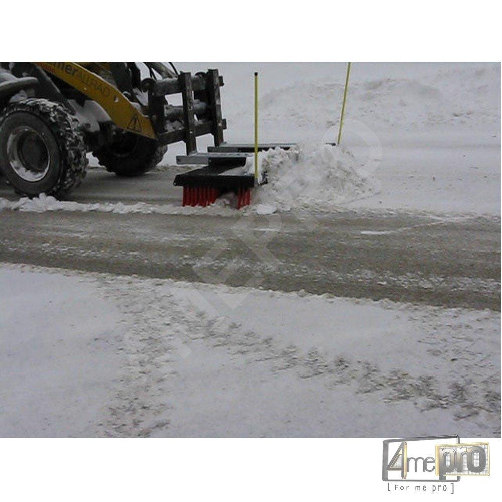 Balai pousseur neige