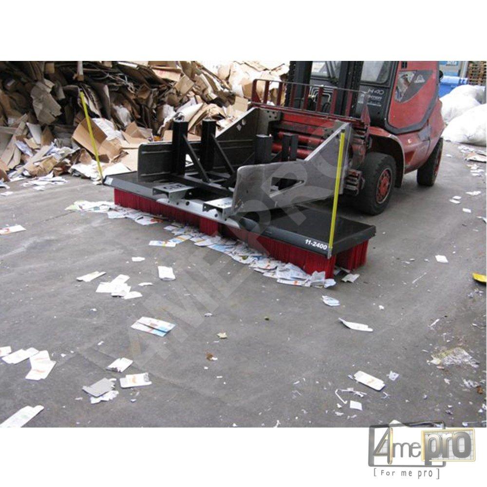 Balai pousseur pour recyclage et déchetterie